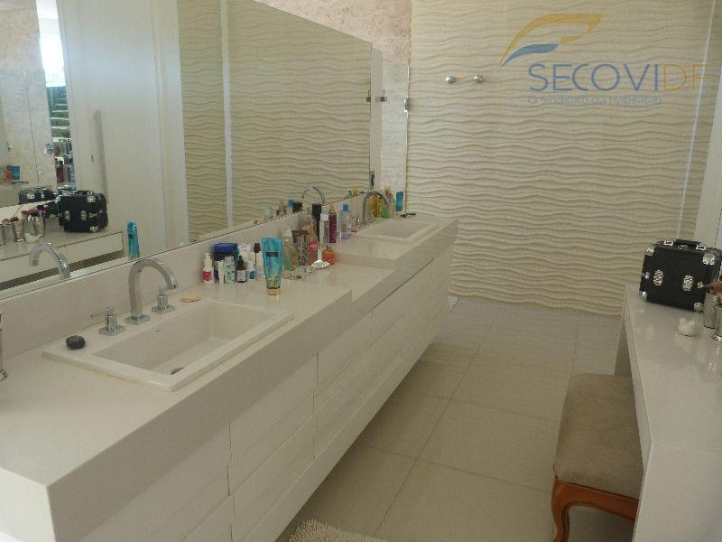 18 banheiro - SMPW QUADRA 26 CONJUNTO 09