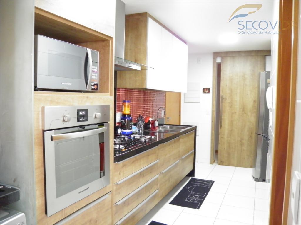 18 Cozinha - Rua 8 Sul Lote 9 – Jales Machado