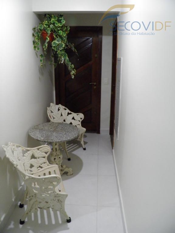 19 HALL DE CIRCULAÇÃO (Residencial Itália, Rua Buriti, Águas Claras)