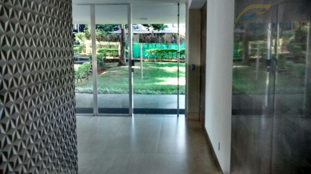 sqs 405, asa sul - brasília/dfapartamento reformado composto de sala, 02 quartos, dce transformada em suíte,...