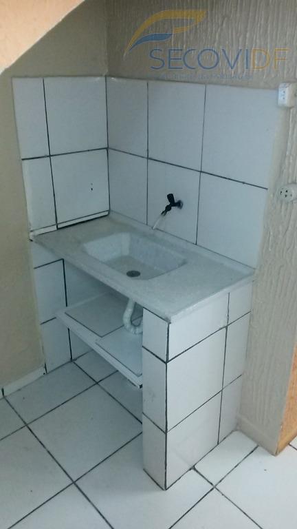 loja com sobreloja, com três banheiros. piso em cerâmica.frente. você quer alugar sem fiador? sabia que...