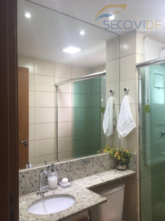 15 banheiro ED. ALGARVE