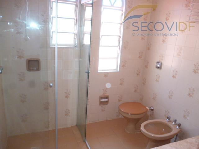 27 banheiro - SHIS QI 28 CONJUNTO 02