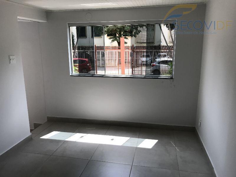 08 SALA ( QI 01 Conjunto D, Guará I)