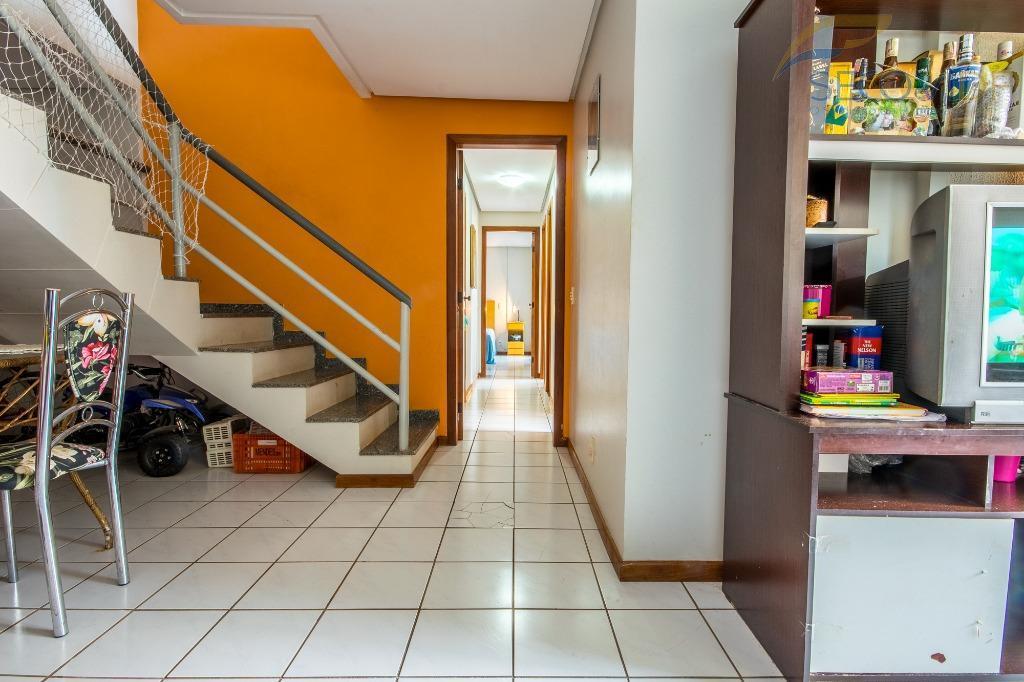 qd 207 - ed. mont clair - águas clarasapartamento cobertura duplex com 200,45m², sala ampla com...