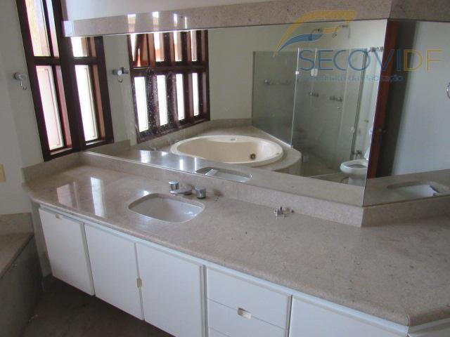 19 - banheiro suíte máster
