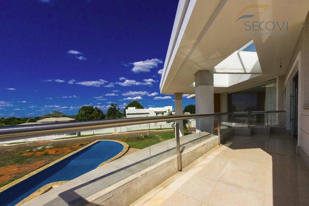 smpw qd 17 - park waybelíssima casa, moderna, recém construída, projeto arquitetônico único e diferenciado, escriturada,...