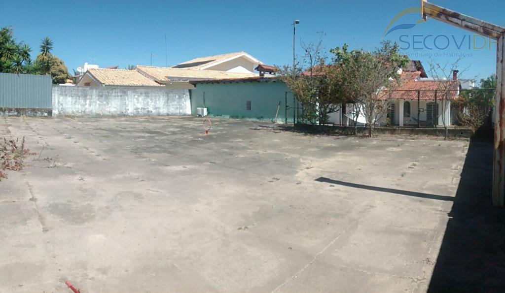 shis qi 28 lago sul>aceita imóveis<casa ampla com dois pavimentos, com 350m² de área construída, terreno...
