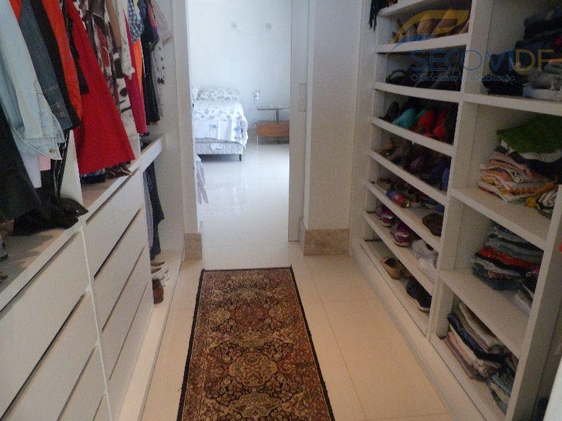 16 closet - SMPW QUADRA 26 CONJUNTO 09