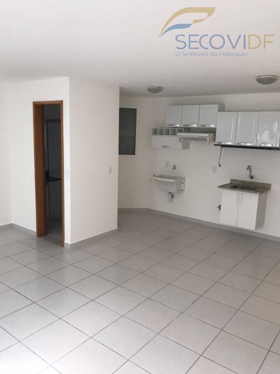 shin ca 02 lago nortekit de 32m² com armários, em região nobre de brasília. prédio possui...