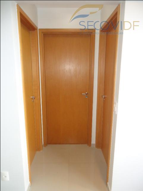 06 HALL DE CIRCULAÇÃO ( Residencial Algarve, QS 308 Conjunto 05 )