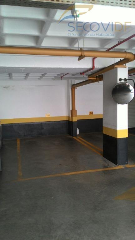 av. flamboyant - real panoramic - águas claraskit dividida com armários, 01 vaga de garagem coberta,...