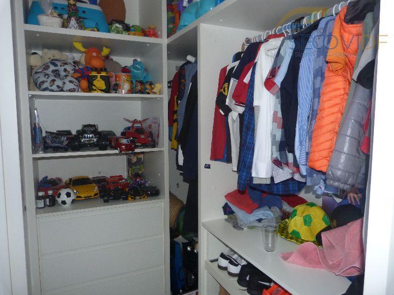 13 closet - SMPW QUADRA 26 CONJUNTO 09