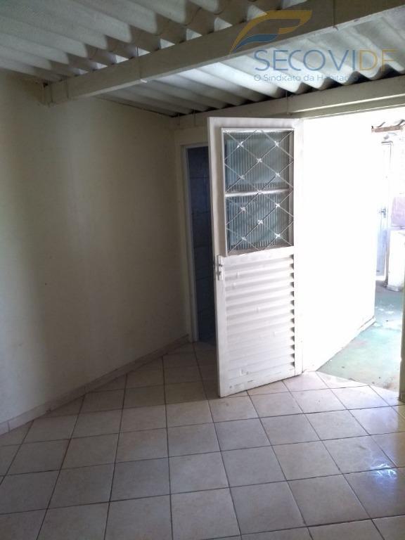 qr 502 - samambaia casa de esquina frente para o nascente . sala ampla, 02 quartos...