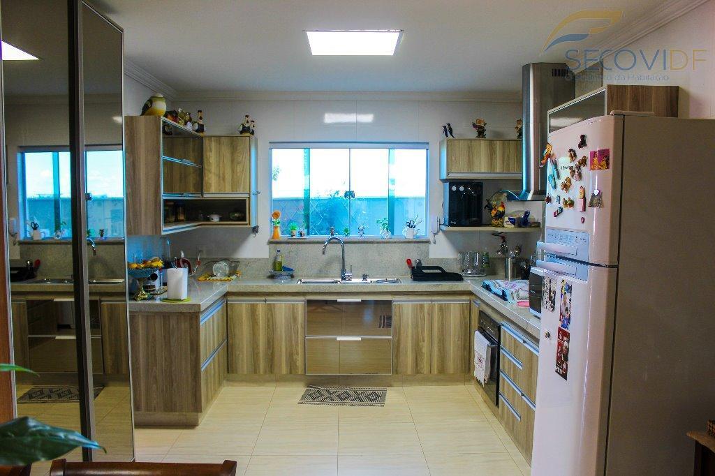 condomínio privê i - lago norteeste sobrado é para você que quer ter sua família querida...