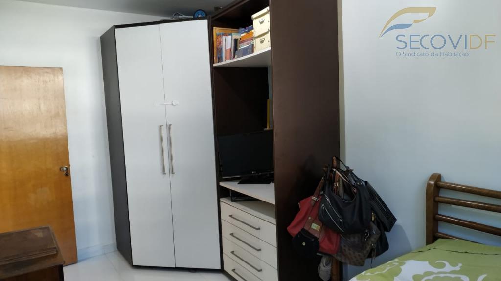 sqn 406 bloco b - asa norteprédio pastilhado, com salão de festas, apartamento,nascente, reformado, vazado e...