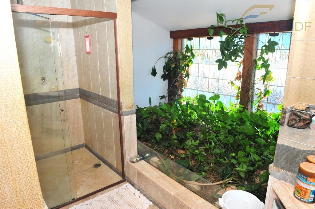 quadra 06, cond. parque e jardim das paineiras, jardim botânico, lago sul - brasília/dfcasa com dois...