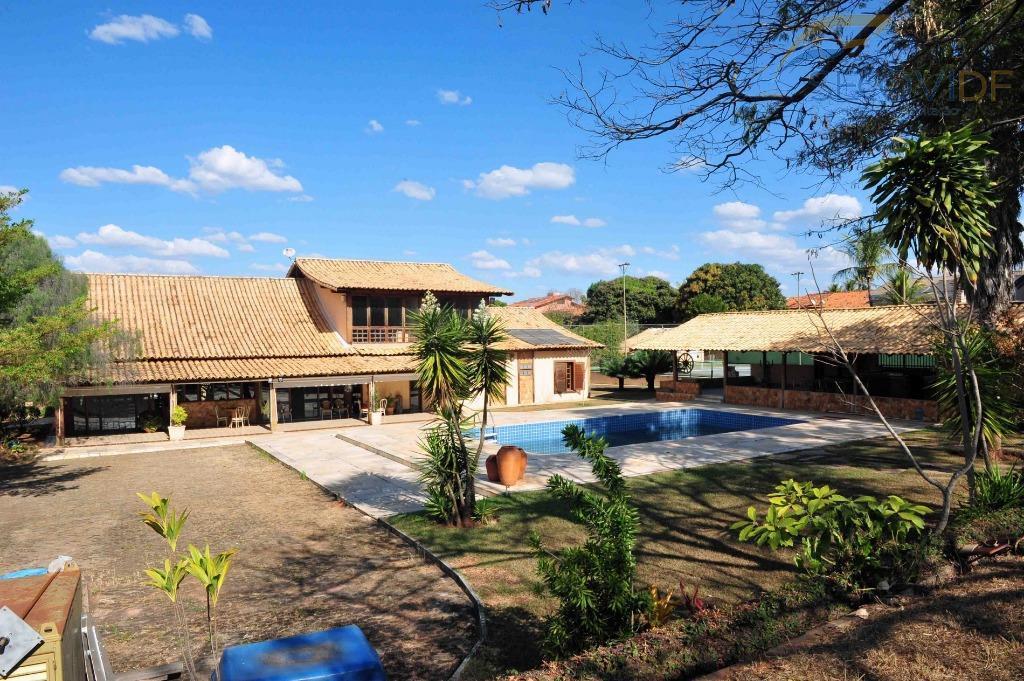 shin qi 01, lago norte - brasília/dfexcelente casa terreno de 1.320m², 1.000m² de área construída, área...