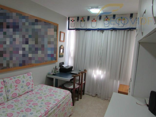 qi 10 - guaráapartamento vazado, com 56,06m², composto por sala ampla, (02) quartos com armários, sendo...
