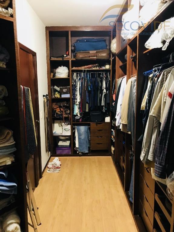 13 closet - SMPW QUADRA 26 POR DO SOL