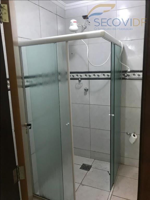 17 banheiro - QNL 06 BLOCO F