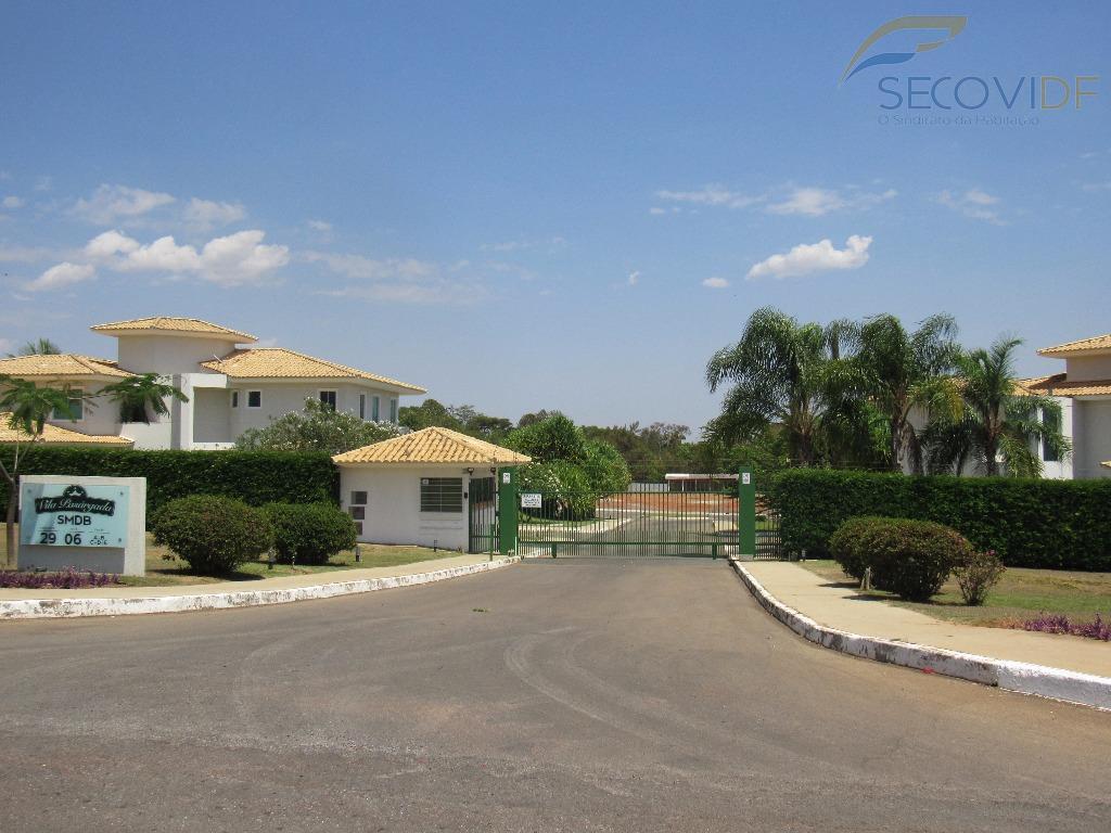 smdb conjunto 29 - lago sul - condomínio don giovannilote em condomínio formado com casas de...