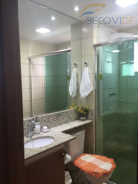 17 banheiro ED. ALGARVE