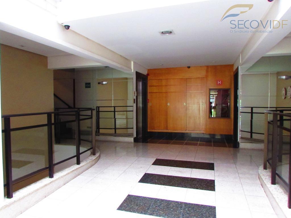 clsw 300 b edifício leonardo center, sudoeste - brasília/dfapartamento medindo 48m², composto de:sala com varanda conjugada,...