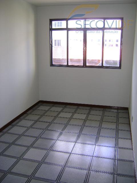 08 QUARTO (QI 01 Conjunto B, Guará I)