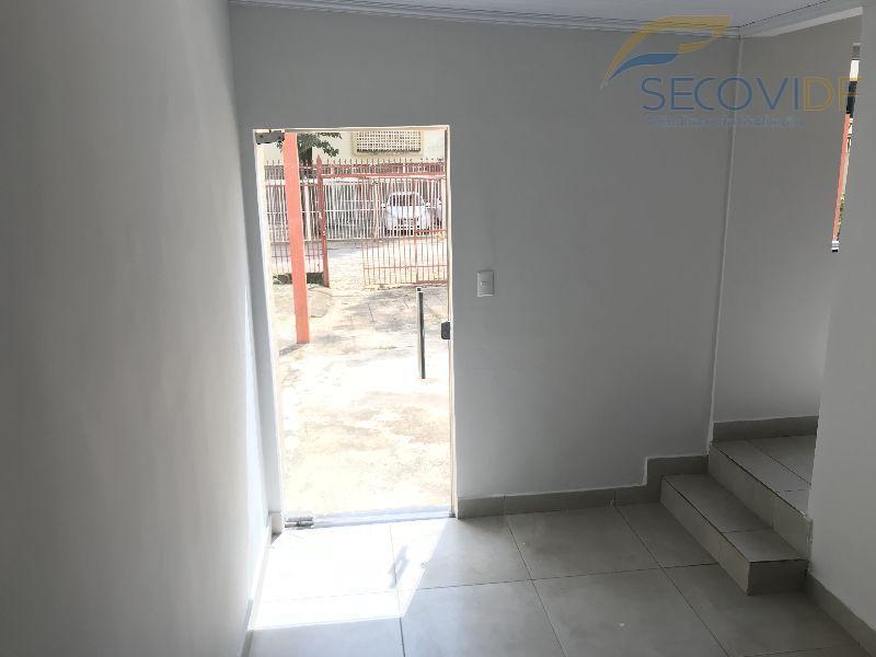 06 SALA ( QI 01 Conjunto D, Guará I)