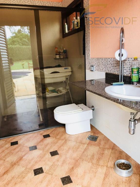 27 banheiro - SMPW QUADRA 26 POR DO SOL