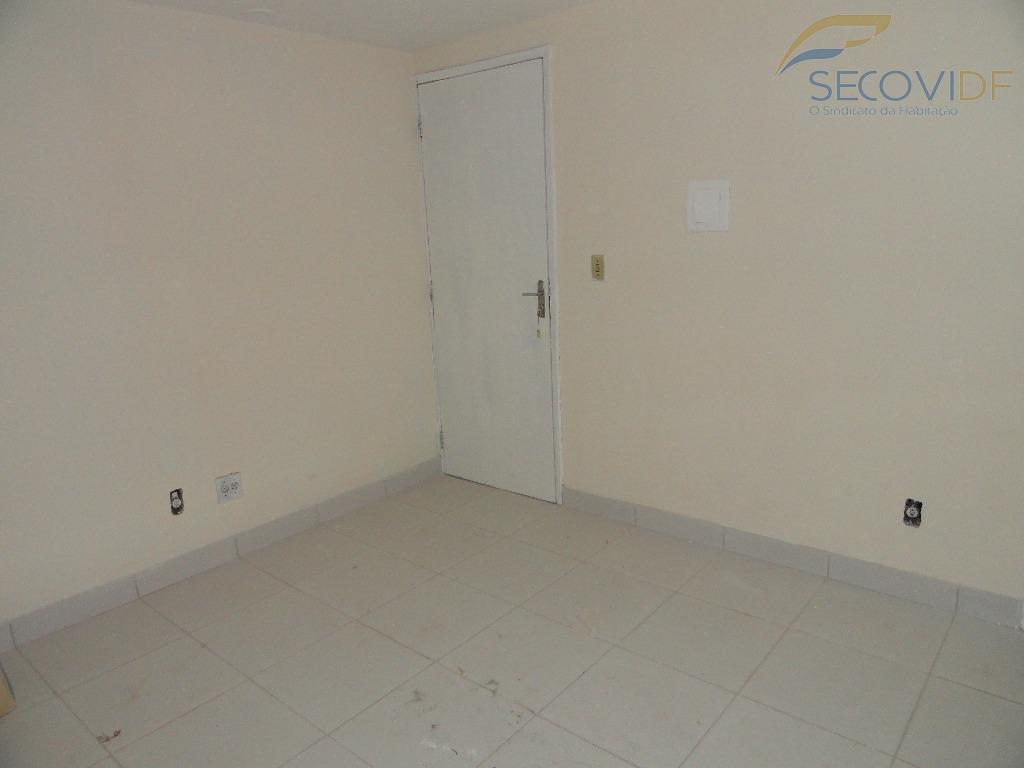 scrln 714 - asa nortesala 18m², com banheiro, desocupada. excelente localização comercial, bancos, supermercados, frente pra...