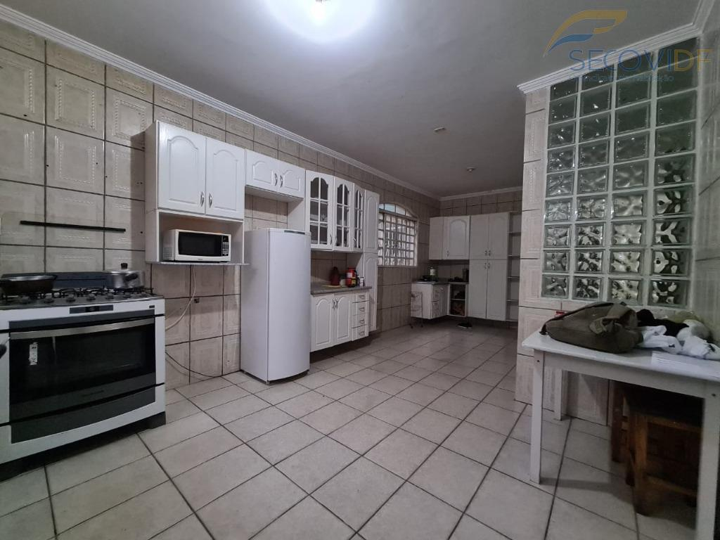 3 - Cozinha - Quadra QNM 40 Conjunto F2