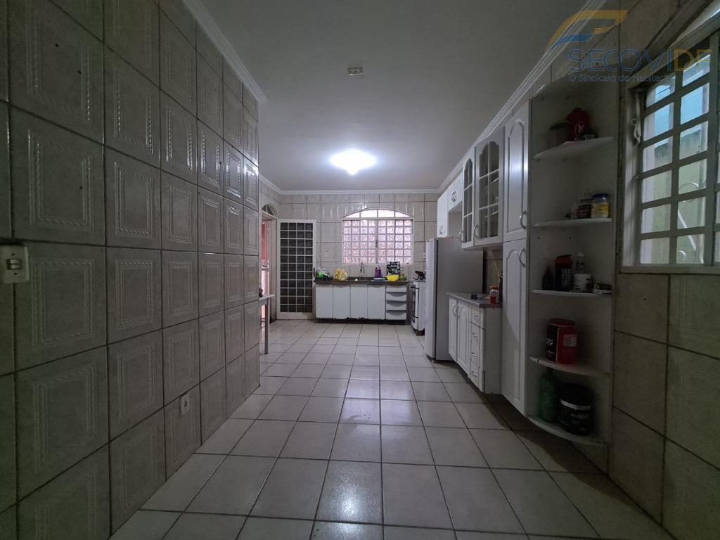 4 - Cozinha - Quadra QNM 40 Conjunto F2