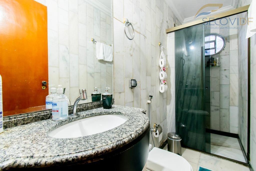 22 - Banheiro - Quadra QNL 19